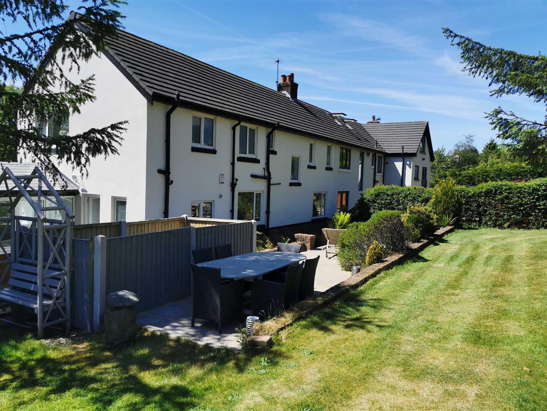 4 Bedroom Semi Detached Cottage For Sale - Image 40